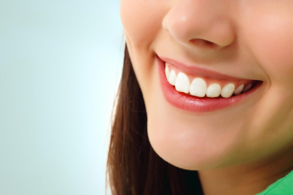 where can i find a cosmetic dentist in simpsonville sc?